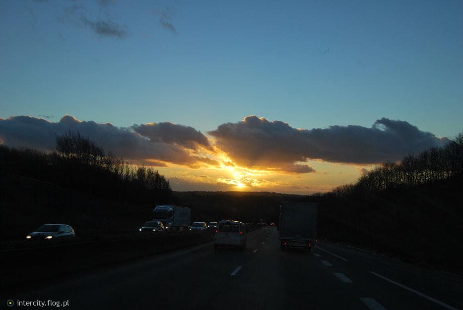 W stronę słońca...