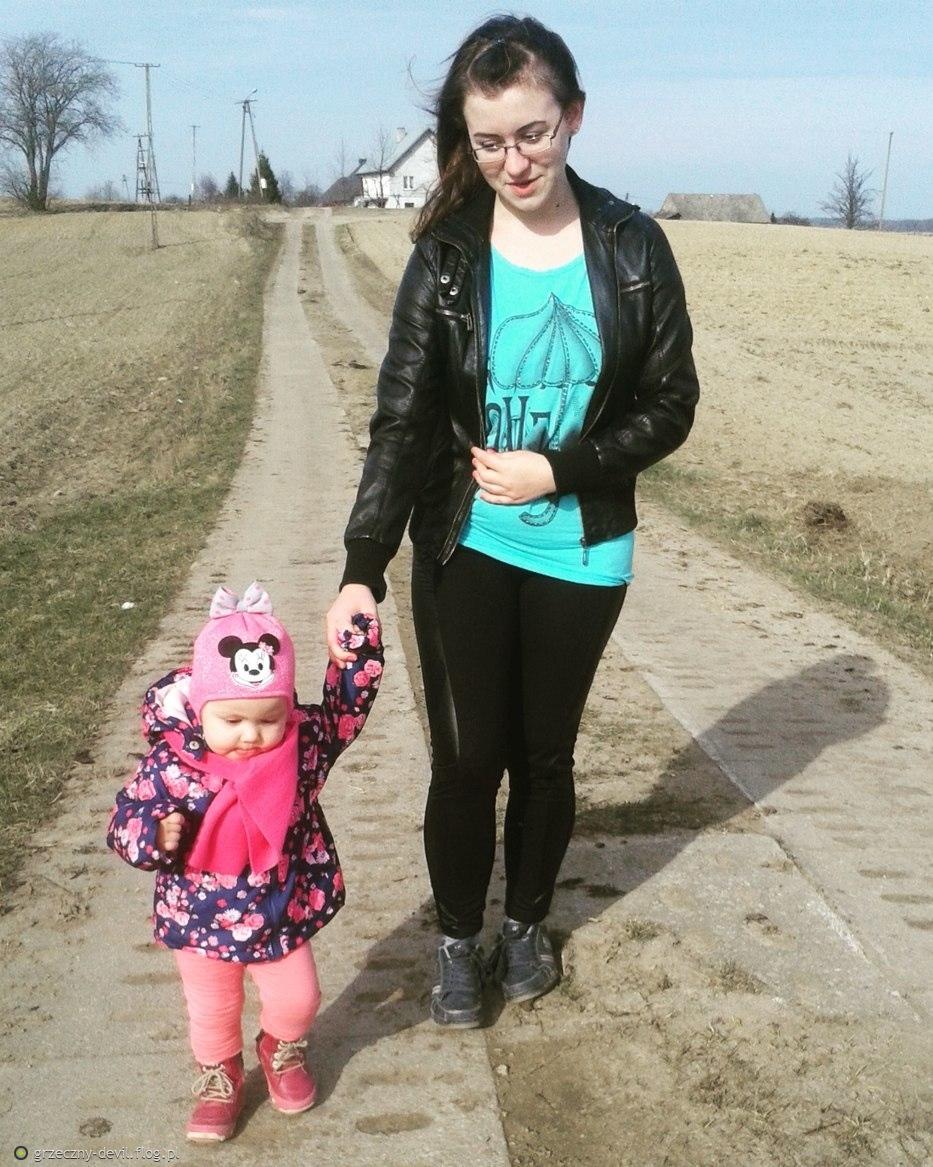 Wiosenny, niedzielny spacer z moją Córeczką Ramonką ♥