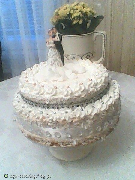 Tort weselny teramisu.